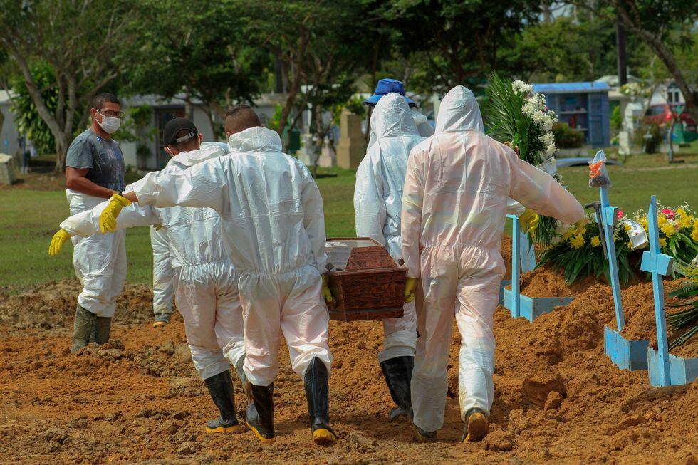 Em SC, 100 morreram esperando vaga em UTI