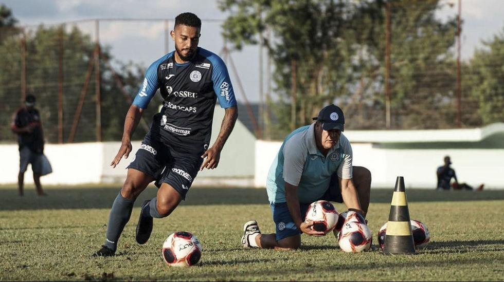 São Bento faz último jogo-treino antes da estreia no Paulistão