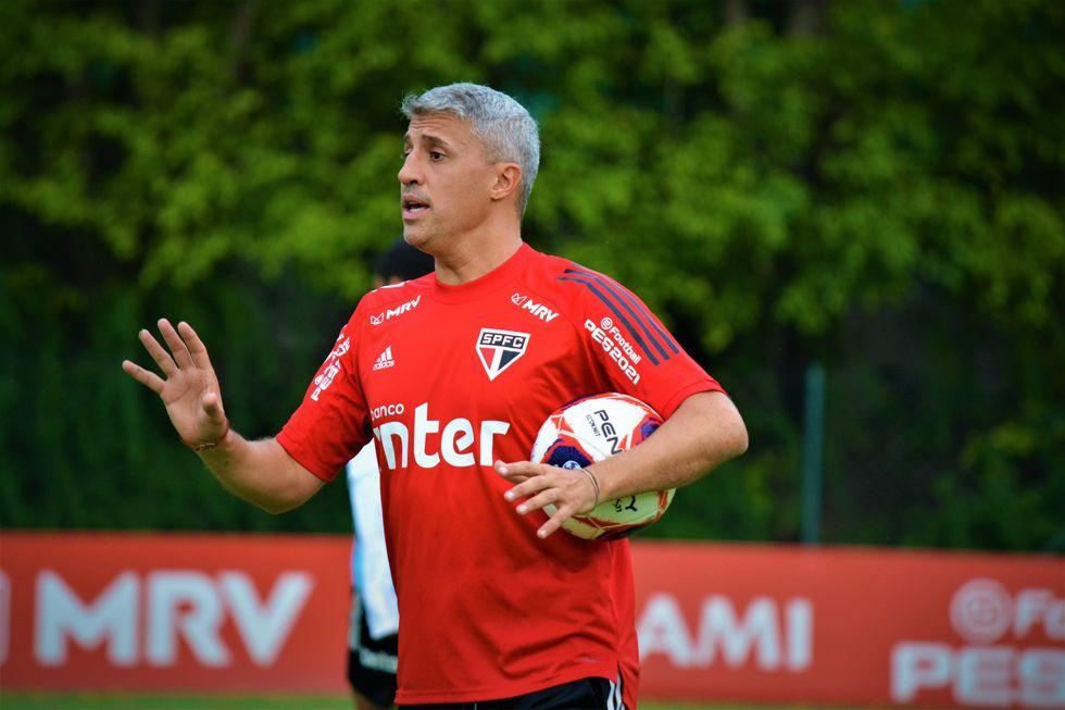 Crespo, técnico do São Paulo.