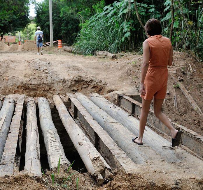 Desmontagem de ponte gera reclamações em Brigadeiro