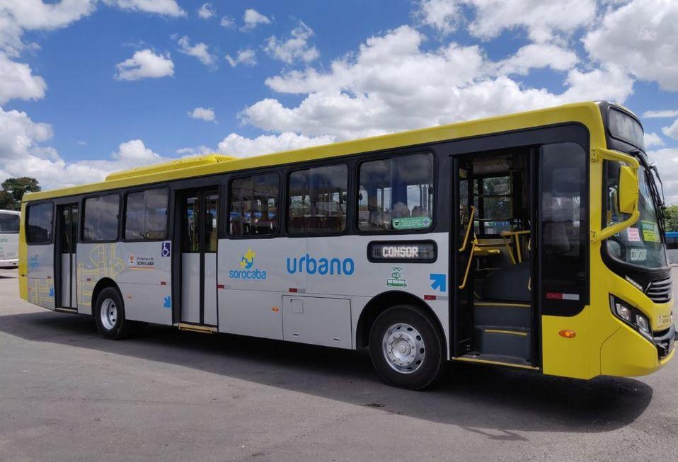 Dez novos ônibus reforçam o serviço de transporte coletivo