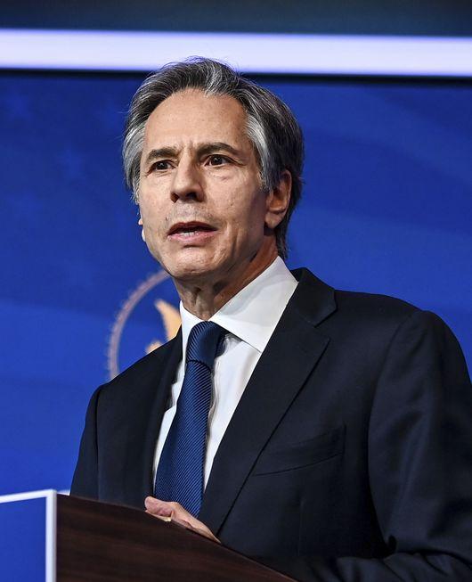 Diplomata americano conversa com Araújo