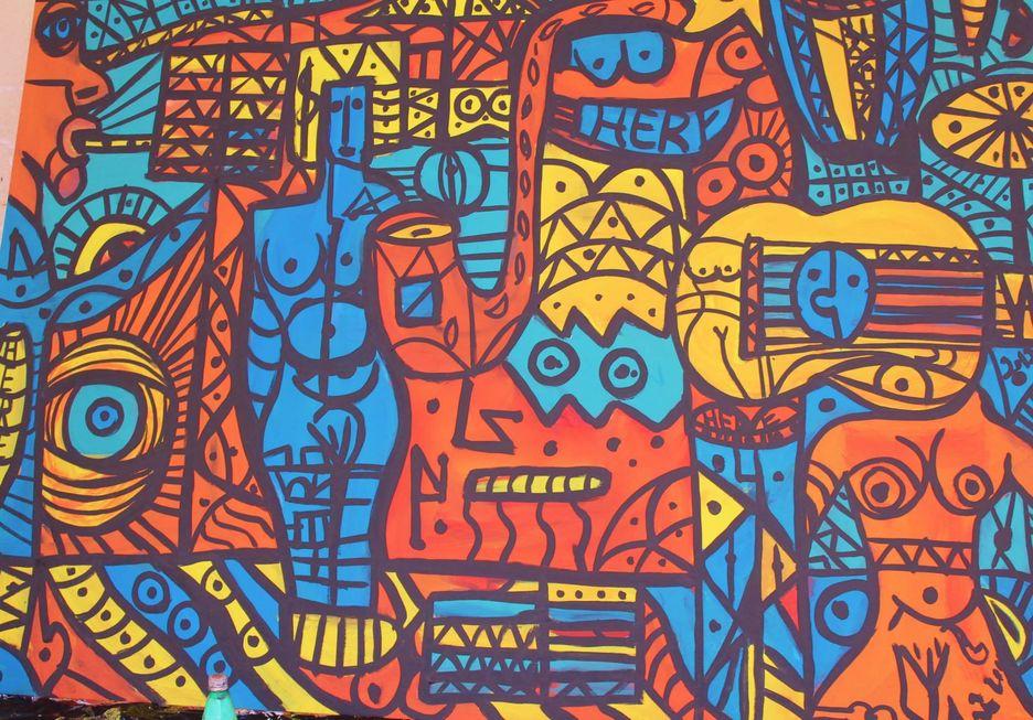 Herê Fonseca pinta mural na V. Hortência