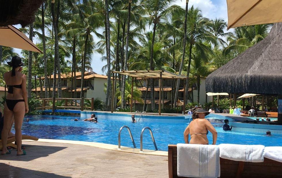 Hotéis e resorts viram alternativa para quem quer cair na folia