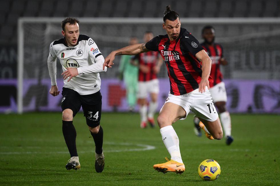 Milan perde do Spezia em 'zebra'