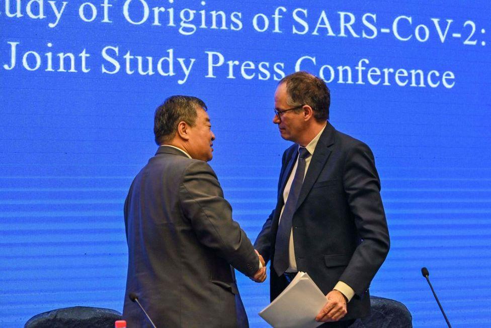 OMS não encontra provas da origem do vírus em Wuhan