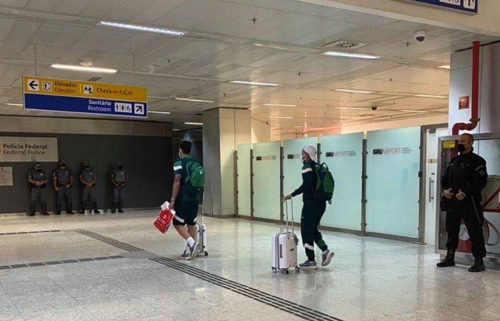 Palmeiras retorna discretamente do Catar