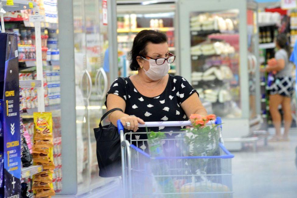 Supermercados paulistas têm alta de 2,3% no faturamento