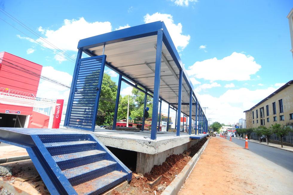 Começa a reconstrução de ciclovia na avenida Ipanema