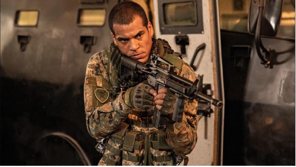 'Arcanjo Renegado' mostra a vida em área de conflito