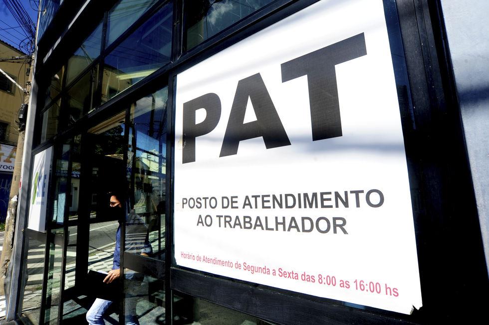 Contratações pelo PAT registra aumento de 65,8% em fevereiro