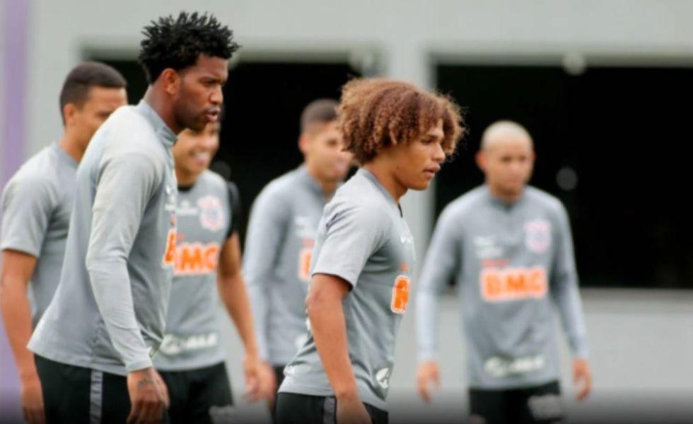 Corinthians e Ponte Preta fazem o jogo dos 'aflitos'