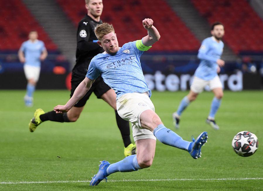 Manchester City sofre, mas vai às semifinais da Copa