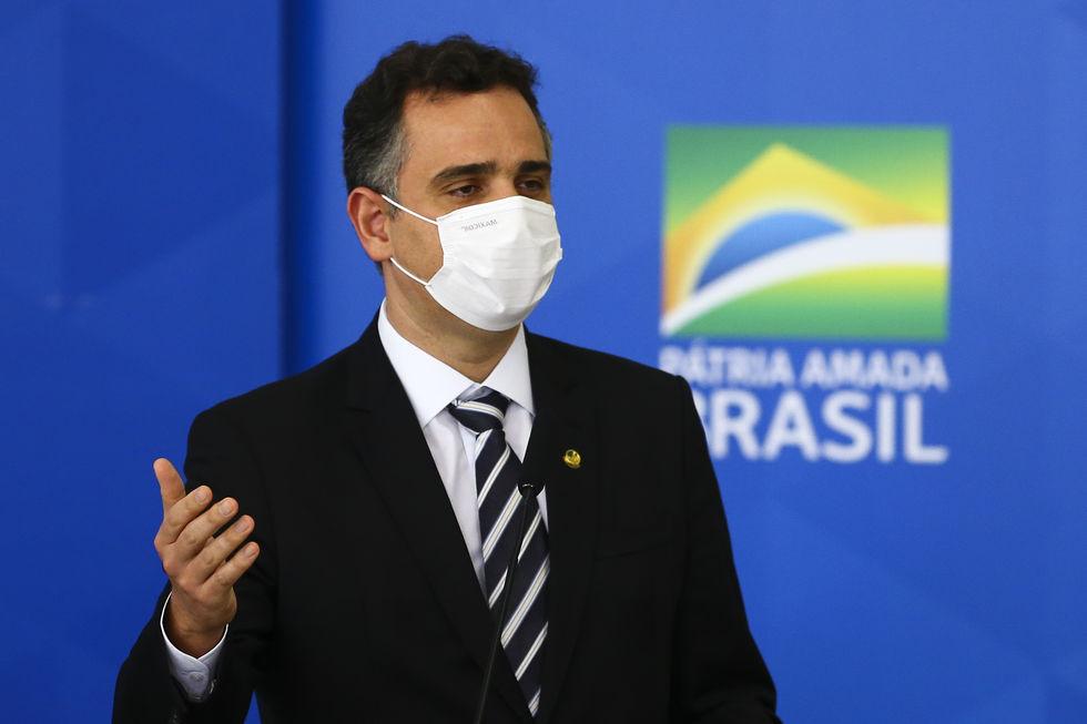 Pacheco propõe pacto contra o negacionismo