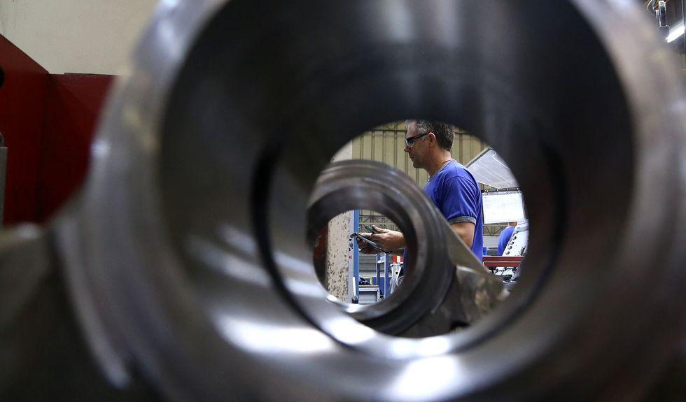 Indústria opera 2,8% acima do nível pré-pandemia