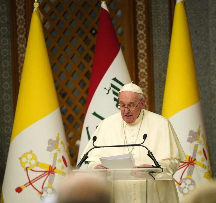 Papa faz 1ª viagem ao Iraque