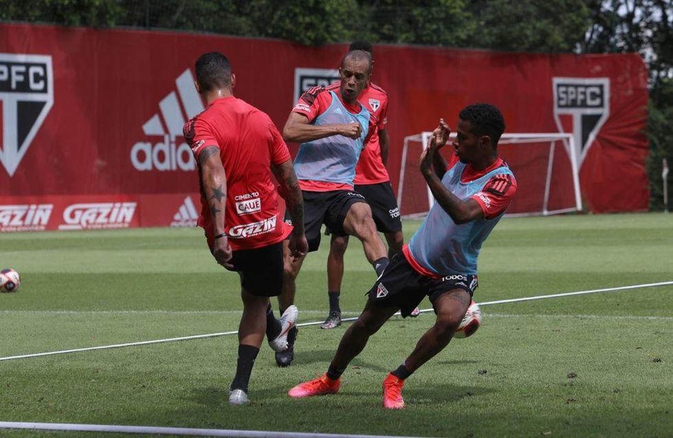 São Paulo mantém rodízio de treinos