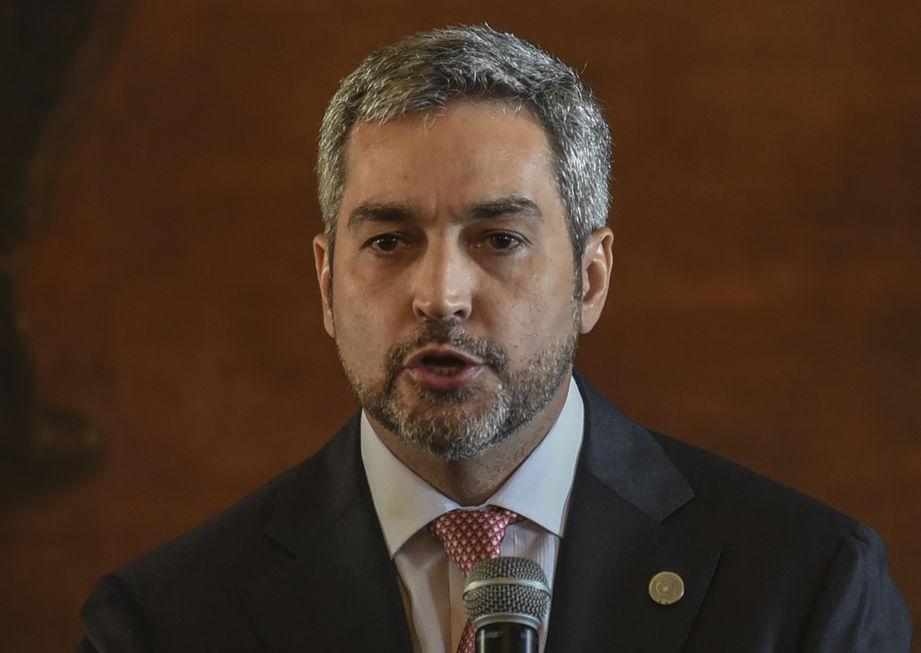 Sem vacinas, Paraguai pede ajuda ao Brasil