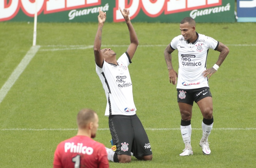 Após resort, Jô e Otero se explicam para Mancini e Duílio
