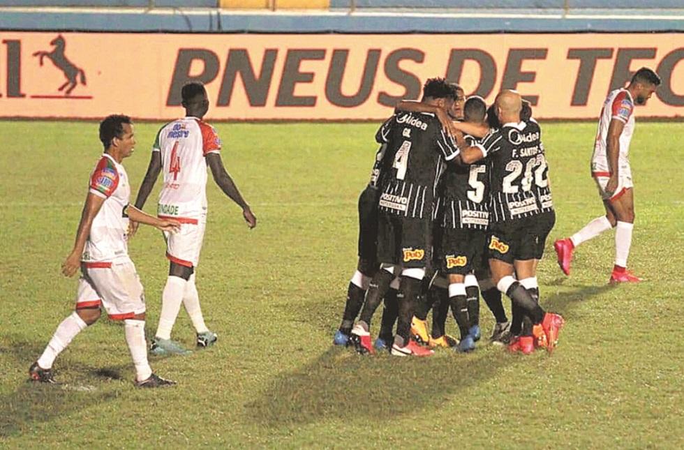 Corinthians vence o Salgueiro por 3 a 0 no Nordeste e segue na Copa do Brasil