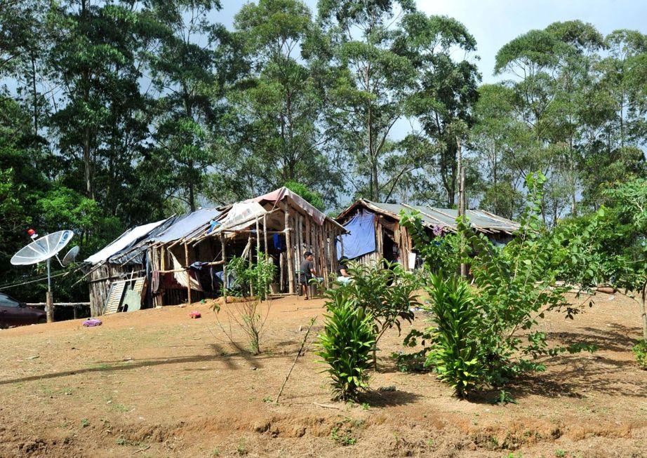 'Cruzeirinho' visita uma aldeia indígena