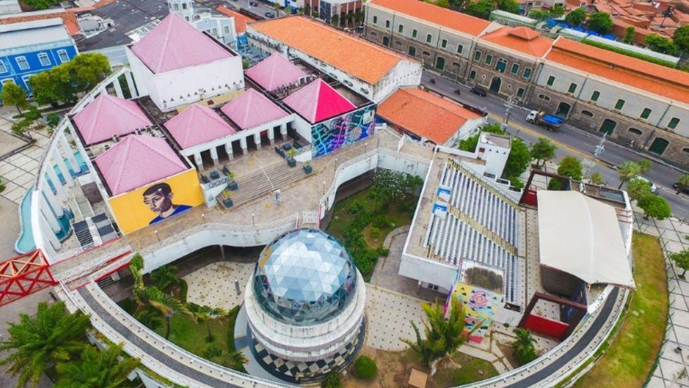 Fortaleza, a cidade que abraça
