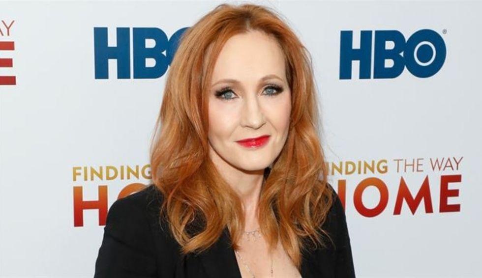 J.K. Rowling lança novo livro em outubro