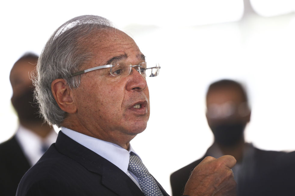 LDO de 2022 deve propor rombo de R$ 170 bilhões
