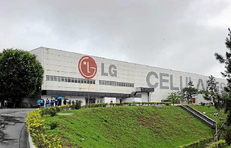 Trabalhadores entram em greve após LG deixar setor de celular