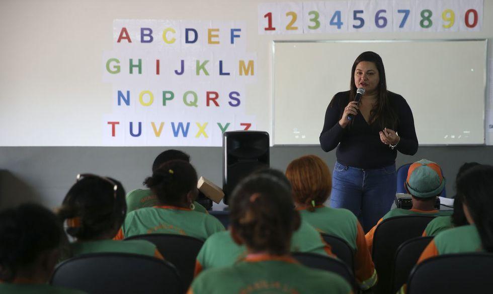 MEC lança o Relatório Nacional da Alfabetização Baseada em Evidências