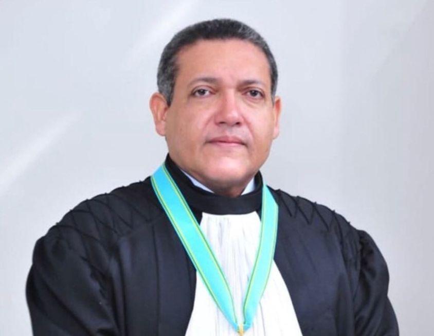 Gilmar mantém proibição a cultos e missas