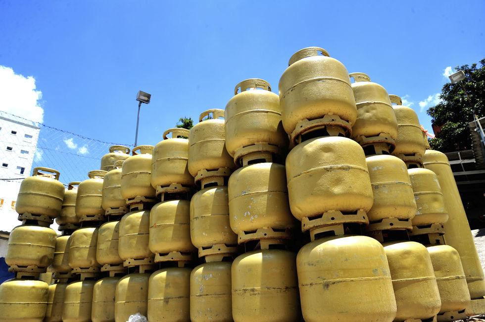 Preço do botijão de gás segue em alta